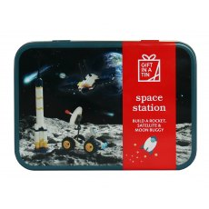 Gift in a Tin: Space Station
