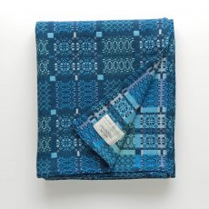 Welsh Doublecloth Knot Garden Lambswool Throw