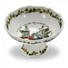 The Holly & The Ivy Scalloped Dish 5.5