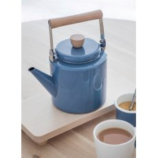 Enamel Stove Kettle in Dorset Blue
