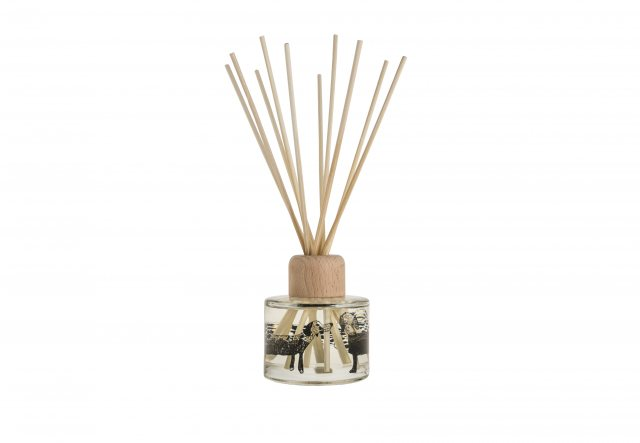 Arthouse Unlimited Isobel's Dogs Reed Diffuser Rhubarb and Ginger