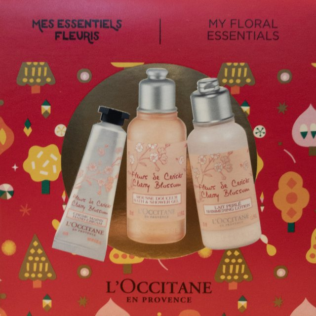 L'Occitane L'Occitane Cherry Christmas Ornament Ballball
