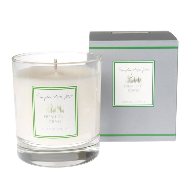 Sophie Allport Sophie Allport Fresh Cut Grass Scented Candle 220g