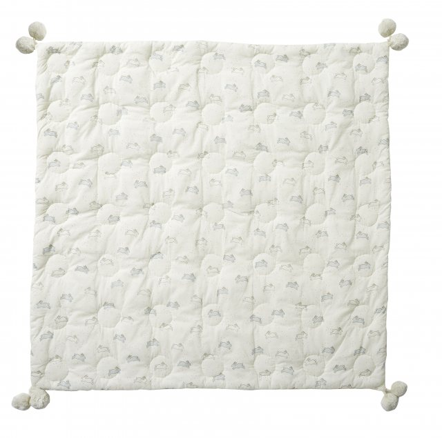 Petit Pehr Petit Pehr Tiny Bunny Quilted Pom Pom Blanket