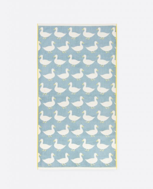 Anorak Anorak Waddling Ducks Bath Towel