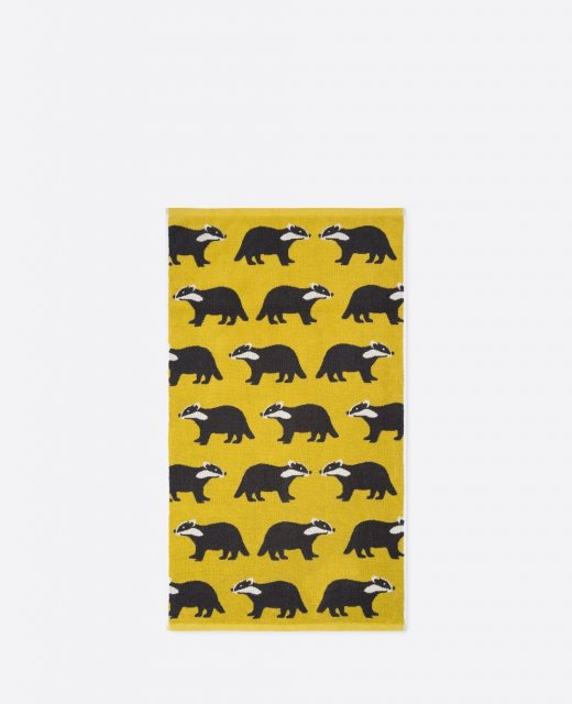 Anorak Anorak Kissing Badgers Hand Towel