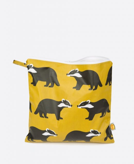 Anorak Anorak Kissing Badgers Large Toiletry Bag